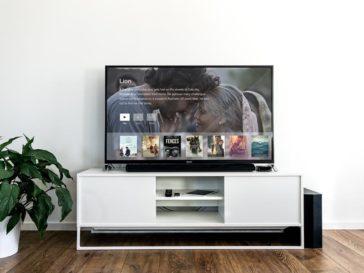 TV Mockup on Living Room, Smashmockup